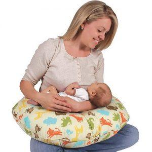 Khám phá 3 công dụng tuyệt vời của gối đa năng cho mẹ và bé