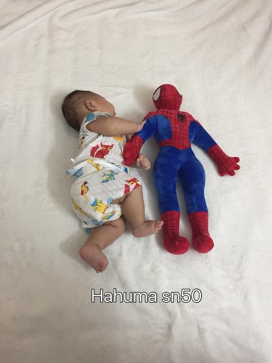 Gối ôm siêu nhân nhện super man dành tặng bé trai đầy tháng