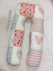 Gối ôm cho bà bầu chữ U Hahuma có 2 loại: Vải cotton Hàn Quốc cao cấp mềm mịn mượt và thoáng, vải Tencel thượng hạng chất láng mịn như lụa. Lựa chọn chất liệu vải cotton Hàn Quốc của Hahuma sẽ mang lại sự thoải mái tuyệt vời nhất cho các mẹ bầu.