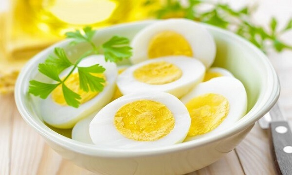 Bà bầu ăn trứng ngỗng bao nhiêu là đủ? Mẹ bầu chỉ nên ăn trứng ngỗng 2 lần/tuần